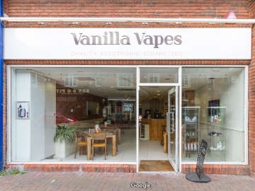 vanilla-vapes-outside.jpg